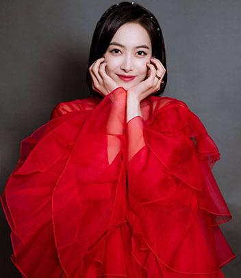 学宋茜穿红裙子 夏天最甜的就是你