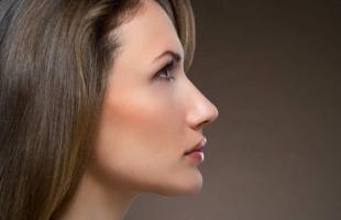 隆鼻手术有哪些危害?隆鼻当心这5种后遗症