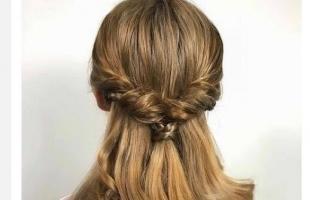 伴娘发型怎么扎 简单伴娘发型扎法步骤