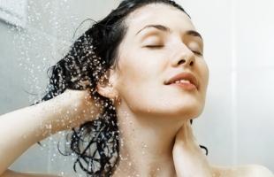 天天洗头好吗?洗头发的正确方法步骤解析