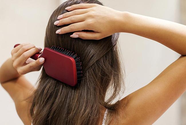 头发细软容易塌怎么办?这几招教你告别油扁头!