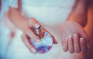 香水怎么用?不小心喷多了香水怎么办?