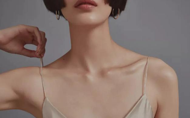 颈纹是什么?如何消除颈纹?