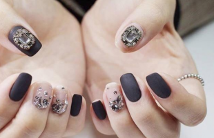 钻石美甲太闪了吧?!过年就是要这么闪耀!