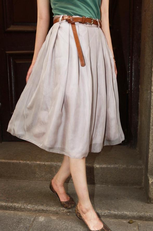 冬天只能穿长裙?这些半裙搭配你需要看一看!