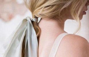 发型新时尚:丝带扎发原来这么美!
