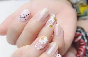 小清新美甲分享:最后一款很适合春天!