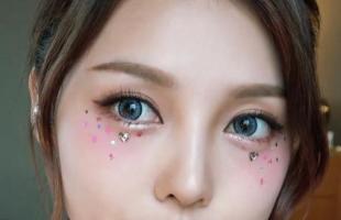 手把手教你冬季时尚妆容,小仙女一定要看的化妆技巧!