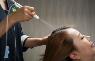 熬夜多了会导致脱发?这几个坏习惯在拉高你的发际线知道吗?