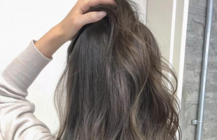 2021年好看的烫发一定有长卷发!慵懒大气凸显女神气质!