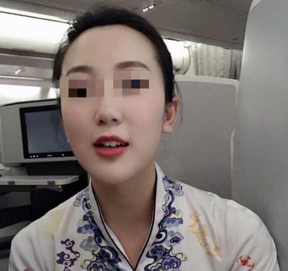 空姐被曝劈腿多男,床单留下证据,未婚夫为她离婚花百万