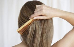 头发枯燥、分叉难以打理怎么办?这几招教你养好秀发