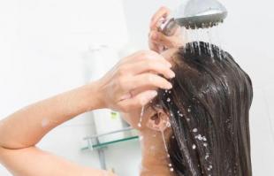 洗头发需要注意什么?这些误区不要再犯了!