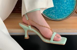 通勤温柔小高跟单鞋,走出不一样的女神气质!