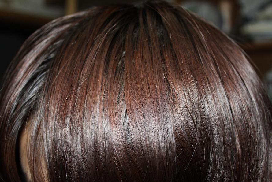 一天不洗头就变大油头?头发爱出油的真正原因是什么?