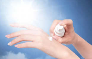 防晒霜的正确使用方法,这份最全的防晒指南,赶紧收藏!
