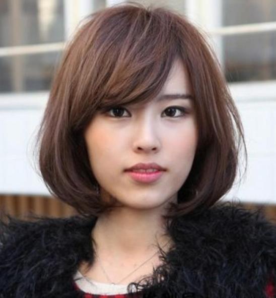 五款适合圆脸的中长卷发,超级有女神气质,美得很优雅
