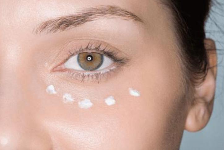眼霜的保质期有多久?眼霜应该怎么涂?