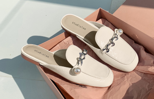 夏季鞋子穿什么?凉鞋不仅显腿白而且显腿长!