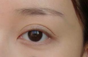 有黑眼圈眼妆应该怎么画?遮黑眼圈眼妆画法