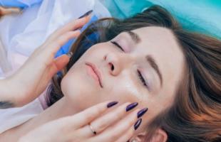 烟酰胺的功效与作用,烟酰胺对皮肤的好处